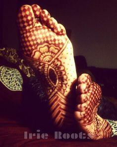 #Mehndi Legs