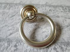 Antique Silver Bronze Dresser Pulls Drawer Pull Handles Knob Drop Ring Pull Shabby Chic Vintage Style Cabinet Handle Pull Knobs Hardware N10