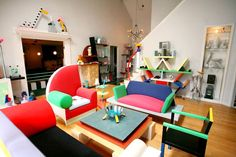 The Memphis Group was an Italian design and architecture group founded in Milan by Ettore Sottsass in 1981 that designed Post Modern furniture, fabrics, ceramics, glass and metal objects from 1981 to 1987.[1]