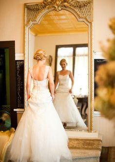 Gorgeous vintage styling #davidsbridal #vintage #weddings