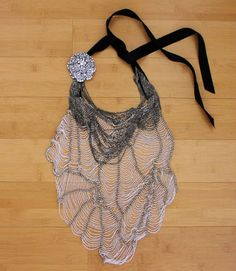 VERA-WANG-RUNWAY-RARE-JEWELED-SPIDER-WEB-ROSETTE-BREASTPLATE-STATEMENT-NECKLACE