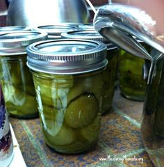 How to Can Homemade Sweet Pickles