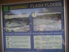 Flash flood warning sign in Texas park