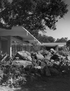 Tremaine House, Santa Barbara CA (ca.1940s) | Richard Neutra
