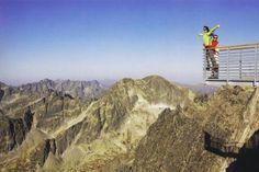 Scarlett  Gelegen op een hoogte van 1000 meter boven zeeniveau ligt dit zeer ruime (100m) appartement aan de voet van het Tatra gebergte. De woning beschikt over drie slaapkamers een gezellige woonkamer met open haard complete keuken met vaatwasser en wasmachine en een prachtig uitzicht op de bergen. In de zomer treft u hier ronduit schitterende natuur met bergen tot 2700 meter hoog en eindeloze wandelroutes. Ook de mountainbikeliefhebber zal hier versteld staan van de mogelijkheden. In de…