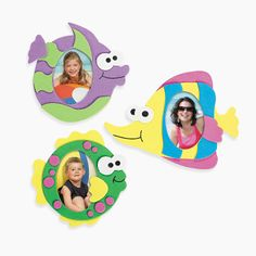 Looking for a fun activity for a kid's luau themed birthday party? You'll love this Fish Picture Frame Magnet Craft Kit. Luau Crafts, Hawaiian Crafts, Fish Crafts, Preschool Crafts, Crafts For Kids, Luau Theme, Birthday Party Themes, Toy Craft, Craft Kits