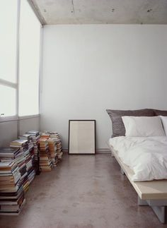 8 Sparkling Cool Tips: Minimalist Bedroom Small Tiny Homes minimalist home design square feet.Minimalist Bedroom Small Tiny Homes minimalist home plans square feet.Minimalist Home Style Coffee Tables. Minimalist Bedroom, Minimalist Decor, Minimalist Apartment, Minimalist Interior, Minimalist Living, Modern Minimalist, Minimalist Design, Modern Design, Interior Modern