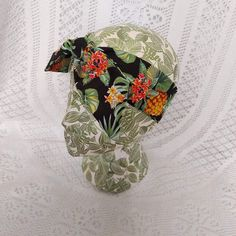 Excited to share this item from my #etsy shop: Rockabilly Tiki Tropical Print Hair Scarf #rockabilly hair #tiki hair scarf #pinup fashion #bunny ears #hair #bandanna #headband #rockabilly #accessories #fashion Bandanna Headband, Headbands, Rockabilly Hair, Pin Up Hair, Bandana Hairstyles, Retro Look, Pinup, Your Hair, Ears