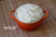 Creme de leite Light Dukan , também pontuado com propontos VP 500ml de leite desnatado 4pp 2 gemas 2pp 1/2 xic de leite em pó desn 4pp 8 polenghinhos light 8pp total 18pp a receita que equivale a + ou - 2 latas