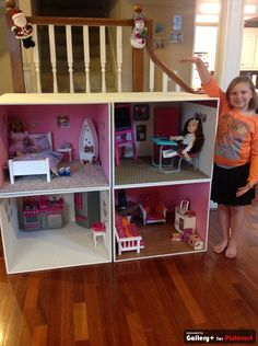 4 ft x 4 ft AG dollhouse. handmade by someone?