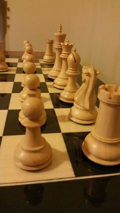 """4"""" Jaques of London reintroduction set on Regency Chess Canada's Spanish made board"""