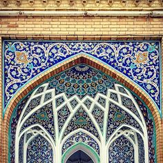 Ceiling of Shah-abdol-azim in Tehran,Iran ~300 years old Photo by @m1rasoulifard  تزئینات سقف حرم شاه عبدالعظیم  مکان: ری ،تهران دوره ساخت اثر: صفویه، ایلخانی، قاجار  #iran #kashan #esfahan #iran_architecture_photography #mosque #brick #art #arc #arch #architect #architecturelovers #archilovers #architecture #desing #designer #building #classic #structure ##urban #picture #pic #photo #photograph #photographer #samsung #galaxynote4 #m1rasoulifard  #desing #designer #building