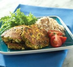 Pumpkin, spinach and feta cakes - Healthy Food Guide Vegetarian Recipes, Cooking Recipes, Healthy Recipes, Healthy Foods, Yummy Recipes, Healthy Eating, New Zealand Food, Cheese Pumpkin, Sweet Chilli Sauce