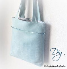 easy tutorial bag tote DIY- The whims of title Coin Couture, Couture Sewing, Creative Bag, Diy Sac, Diy Purse, Bag Patterns To Sew, Fabric Bags, Shopper, Bag Making