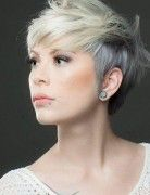 Do you want to create some change to your old dull hairstyle? Do you want to try out the fabulous and stunning layered hairstyles for your short hair? Layered styles are always quite popular and they can make you more charming and attractive. The greatest advantage of the layered styles is that they are suitable …