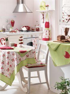 Strawberry Kitchen Textile with English Home / Mutfak örtüleri #strawberry #englishhome