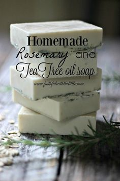 Homemade Natural Soap Recipes Perfect For Gifts - Homemade Rosemary & Tea Tree Oil Soap - Soap Making Recipes, Homemade Soap Recipes, Homemade Gifts, Homemade Paint, Homemade Ice, Tea Tree Oil Soap, Diy Cosmetic, Rosemary Tea, Diy Soap Rosemary