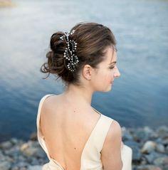Bridal Headpiece, Crystal Bridal Hair Piece, Cristal and Pearl Bridal Headpiece, Bridal Hair Halo, Crystal and Pearl Wedding Hair Piece. by AnnaHandwelleryAccs on Etsy