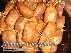 This version of longganisa is from the province of Alaminos, Pangasinan. Unlike the Kampampangan, Tagalog or the Cebuano versions which are sweet, this Pinoy Food, Filipino Food, Filipino Recipes, Longanisa Recipe, Pilipino Food Recipe, Yellow Food Coloring, Sausages, Pork Recipes, Frozen