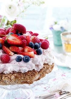Fruit Recipes, Cookie Recipes, Dessert Recipes, Danish Food, Different Cakes, Sweets Cake, Cake Toppings, No Bake Desserts, No Bake Cake