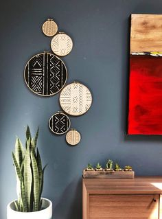 African Mudcloth Gallery Wall Hanging Decor Set, Wood Circle Frames Various Sizes, Modern Boho, Authentic Vintage Textile Art 6 Pieces living room wall decor interior design Diy Decor Room, Diy Home Decor, Wall Decor Boho, Unique Wall Decor, Indian Room Decor, Wall Decor Crafts, Wall Hanging Decor, Outside Wall Decor, Bedroom Decor