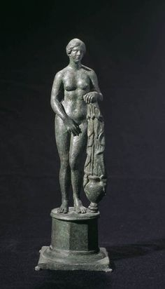 """Statue of type """"Aphrodite of Knidos by Praxiteles'' Italian Statues, Greek Statues, Buddha Statues, Stone Statues, Roman Sculpture, Sculpture Art, Ancient Rome, Ancient Greece, Roman History"""