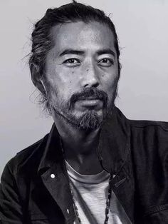 """""""I love Japanese culture, but I love being American,"""" says Hiroki Nakamura, the Japanese designer and founder of the cult workwear favorite Visvim, who shares here his vintage inspirations. My favourite designer Japanese Face, Japanese Men, Japanese Culture, Japanese American, Japanese Design, Hiroki Nakamura, Beautiful Men, Beautiful People, Male Character"""