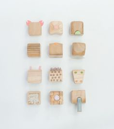 MINIMALS is a family of animals reduced to their most identifiable characteristics captured in a 5 x 5 x 5 cm wooden cube. Story telling wit...