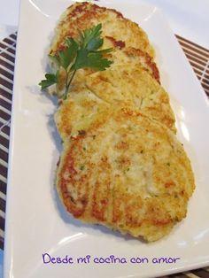 Hamburguesas de coliflor y queso . El naturismo propone una alimentacion sana , nutritiva t deliciosa . . .