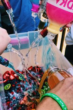 Party ideas college funny 26 ideas for 2019 - crafts - college crafts for . Snacks Für Party, Party Drinks, Drunk Party, Party Cups, Summer Parties, Summer Fun, Teen Pool Parties, Spring Break Party, Teenage Parties