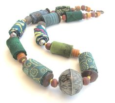 Green oriental fabric necklace, fiber necklace, textile jewelry, collier textile by Gilgulim on Etsy
