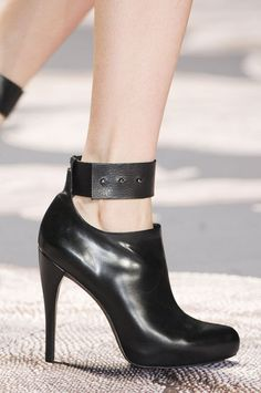 Best Fall 2013 Shoes | New York Fashion Week Runways- Vera Wang