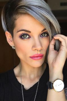 12 Adorable & Stylish Short Haircuts for Thick Hair - Hair Designer Stylish Short Haircuts, Short Hairstyles For Thick Hair, Short Pixie Haircuts, Haircuts With Bangs, Short Hair Cuts For Women, Short Hair Styles, Woman Hairstyles, Celebrity Hairstyles, Trendy Hairstyles