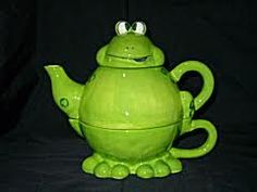 Frog #teapot & #teacup ... not sure about this one.