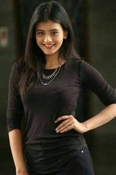 Start chating with beautiful girls of india , pakistan and other countries by Friendsim app. Beautiful Girl Indian, Beautiful Gorgeous, Naturally Beautiful, Gorgeous Women, Beauty Full Girl, Cute Beauty, Thing 1, Cute Celebrities, Indian Girls