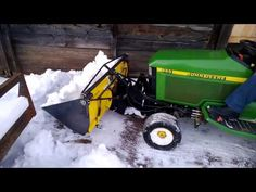 This is a demonstration of a bucket addon for the John Deere plow blade with an angling cylinder. No drilling needed and minimal tools. Atv Snow Plow, Homemade Tractor, Metal Bending Tools, Kohler Engines, Wood Chipper, Tractor Implements, Tractor Attachments, Riding Lawn Mowers, Camper Trailers