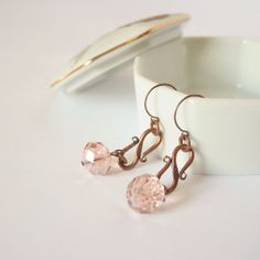 Pink earrings soft color bright crystals beads  by DreamsCorner, €18.00
