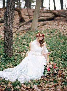 Woodland Bride   Kurtz Orpia Photography on @CVBrides via @aislesociety