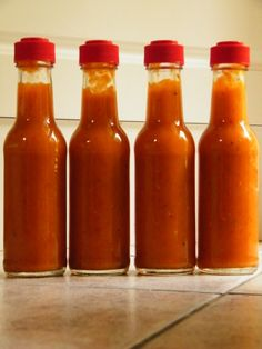 Garlic Pear Scorpion Hot Sauce, this is my first sauce for the growing season so I thought I'd make . Chili Sauce Recipe, Hot Sauce Recipes, Spicy Sauce, Pear Recipes, Healthy Recipes, Hot Pepper Recipes, Homemade Pickles, Homemade Ketchup, Vinaigrette