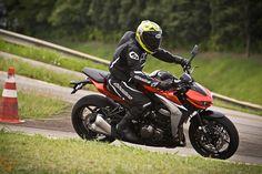 Uma moto por dia: Dia 128 – Kawasaki Z 1000   Osvaldo Furiatto Fotografia e Design