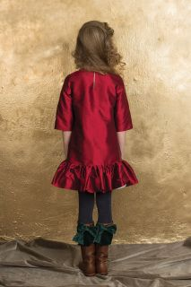 Royal Red Taffeta Dress made of 100% silk taffeta. Details: Side Pockets Lining: 100% cotton Aristocrat Kids Fall 2015 CollectionPre-Order Ships no later than May 15th 2015