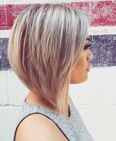when i see all these popular short bob hairstyles hair cuts it always makes me jealous i wish i could do something like that I absolutely love this short bob hairstyles hair cuts so pretty! Modern Bob Hairstyles, Stacked Bob Hairstyles, Bob Hairstyles For Fine Hair, Short Bob Haircuts, Hairstyles Haircuts, Crazy Hairstyles, Teenage Hairstyles, Beautiful Hairstyles, Braided Hairstyles