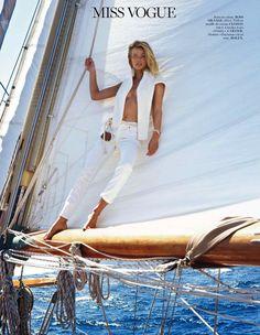 """""""Calme blanc"""" : Edita Vilkeviciute : Vogue Paris May 2013 : Gilles Bensimon"""