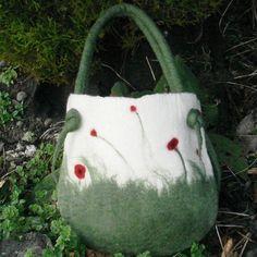 stunning poppy felt bag