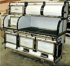 antique stove, a most beautiful specimen. Antique Kitchen Stoves, Vintage Kitchen Appliances, Antique Stove, Old Kitchen, Retro Kitchens, Country Kitchens, Kitchen Stuff, Old Stove, Stove Oven