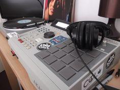 Akai MPC 2000XL sampling