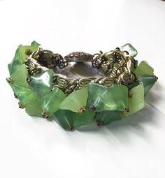Vintage 60s Bracelet Green Charms Dangle Looks by BranchOutShop