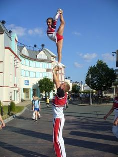 makes me wish i could cheer
