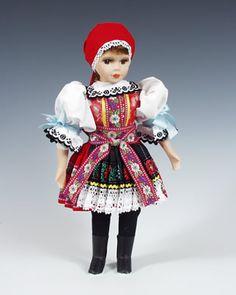 Kyjov  http://www.loutky-marionety.cz/Kyjov-panenka-v-narodni-kroji-lt002.html