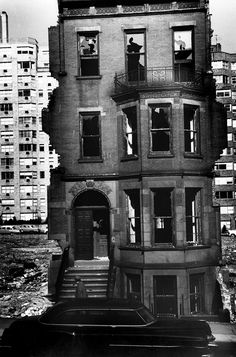 Decay in New York at 59th Street, 1960. Photo: André Kertész. So sad; this had once been a lovely house.